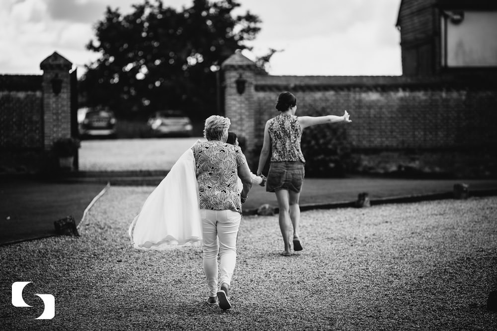 Leez Priory wedding pictures