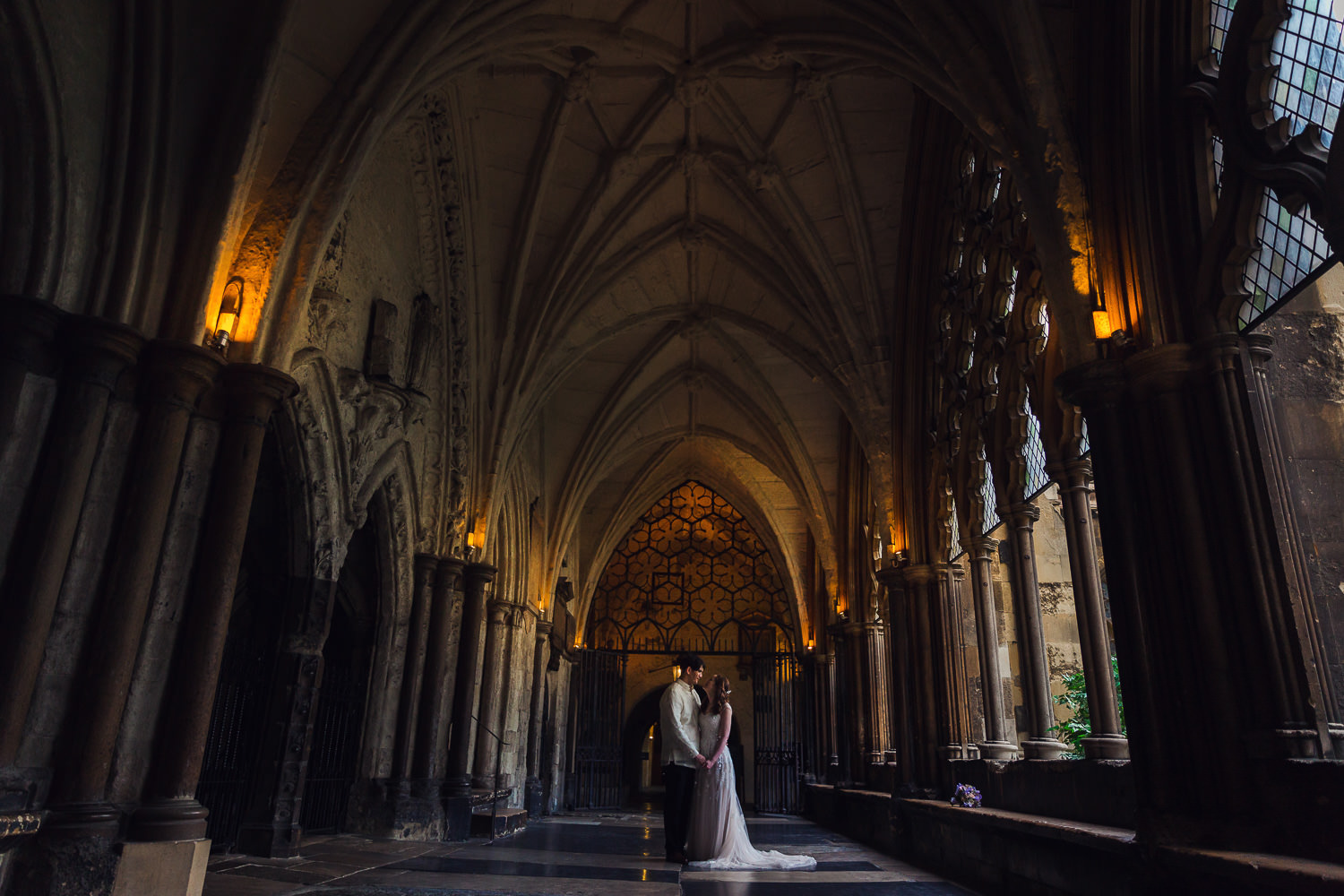 westminster-abbey-wedding-photography-image-cloisters